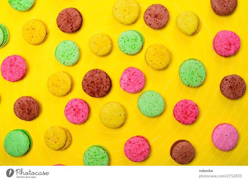 Bunte Gebäck macarons Lebensmittel Dessert Süßwaren Gastronomie Essen hell braun mehrfarbig gelb grün rosa Tradition farbenfroh Hintergrund Macaron süß Kuchen