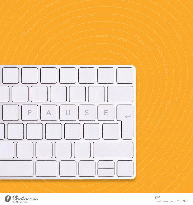 PAUSE auf Tastatur / Orange Computerspiel Erwachsenenbildung Schule Berufsausbildung Studium Arbeit & Erwerbstätigkeit Arbeitsplatz Büro Medienbranche