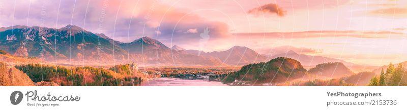 Sonnenaufgang über Bergen und Tal Himmel Natur Ferien & Urlaub & Reisen Landschaft Baum Erholung Wolken ruhig Winter Wald Berge u. Gebirge natürlich Tourismus