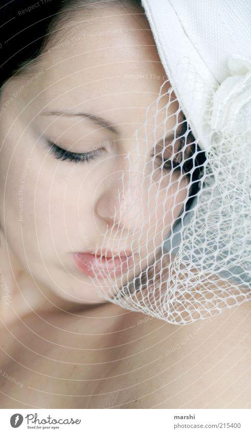 dream a dream elegant Stil Schminke Mensch feminin Frau Erwachsene Haut Gesicht 1 hell weiß Gefühle Glück Zufriedenheit Leidenschaft Romantik schön träumen