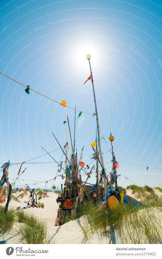Amrum Ferien & Urlaub & Reisen Sommer Sommerurlaub Strand Insel Wolkenloser Himmel Schönes Wetter Nordsee hell blau mehrfarbig Menschenleer Textfreiraum oben