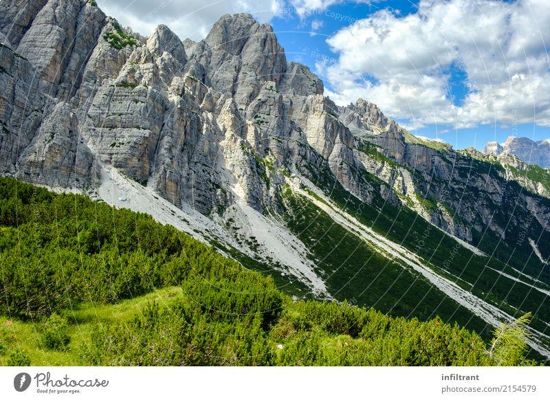 Berghang in den Dolomiten Abenteuer Ferne Berge u. Gebirge wandern Umwelt Natur Landschaft Felsen Alpen ästhetisch gigantisch hoch natürlich wild blau grau grün