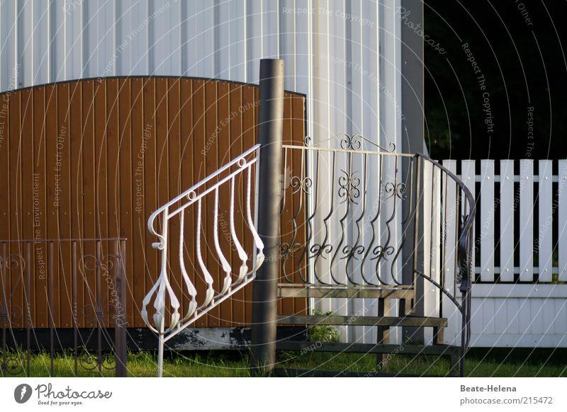 Hauseigener Gestaltungswille schön Garten Gebäude Metall Architektur elegant Fassade Treppe Dekoration & Verzierung Sauberkeit außergewöhnlich Reichtum Balkon
