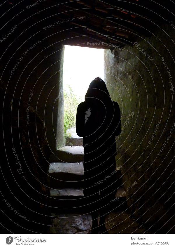 Los Capuchos 1 Mensch Kultur Natur Stein grün schwarz Farbfoto Dämmerung unheimlich außergewöhnlich gruselig Silhouette Gang Keller Gewölbe dunkel Tag