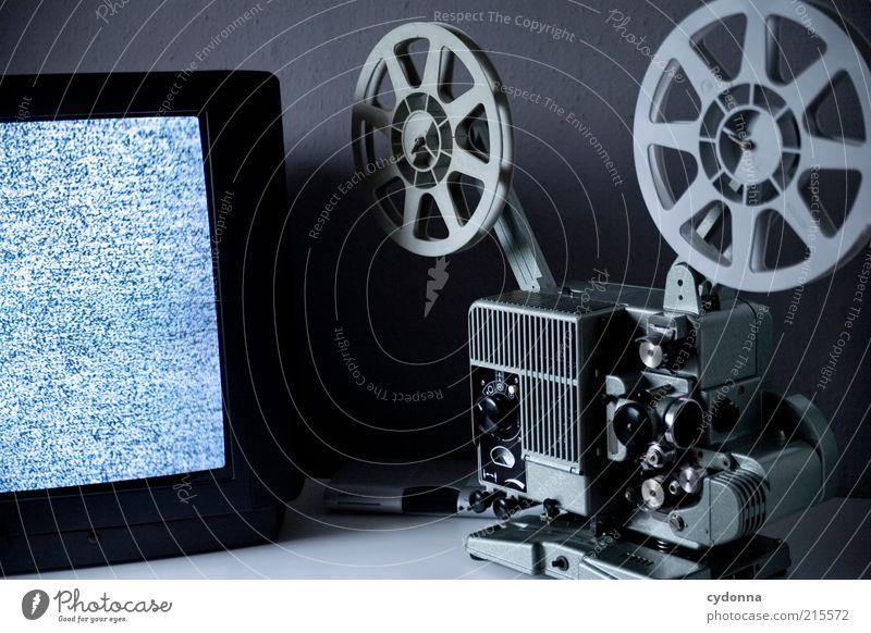 !8OO Film ab alt grau Zeit Zukunft Technik & Technologie Fernseher Filmindustrie Fernsehen Wandel & Veränderung Freizeit & Hobby Kultur Vergänglichkeit Medien