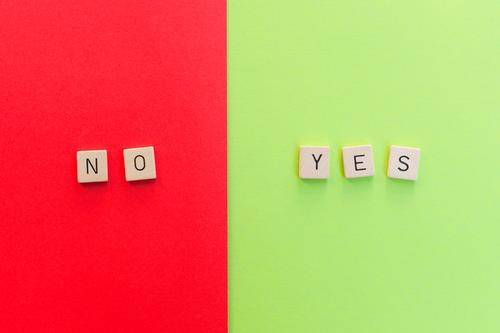 No / Yes grün rot Zufriedenheit Schriftzeichen Kommunizieren Ordnung Perspektive Zukunft einfach Wandel & Veränderung planen Ziel wählen Konflikt & Streit
