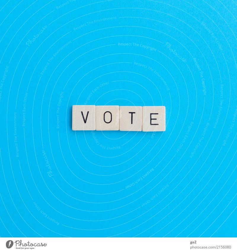 Vote blau Spielen Schriftzeichen Kommunizieren Perspektive Zukunft wählen Gesellschaft (Soziologie) Politik & Staat Wahlen Konkurrenz demokratisch Demokratie