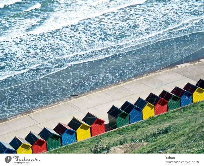 True Colours Ferien & Urlaub & Reisen Tourismus Sommer Sommerurlaub Strand Meer Wellen Schönes Wetter Küste Nordsee Haus Holz mehrfarbig Außenaufnahme Tag