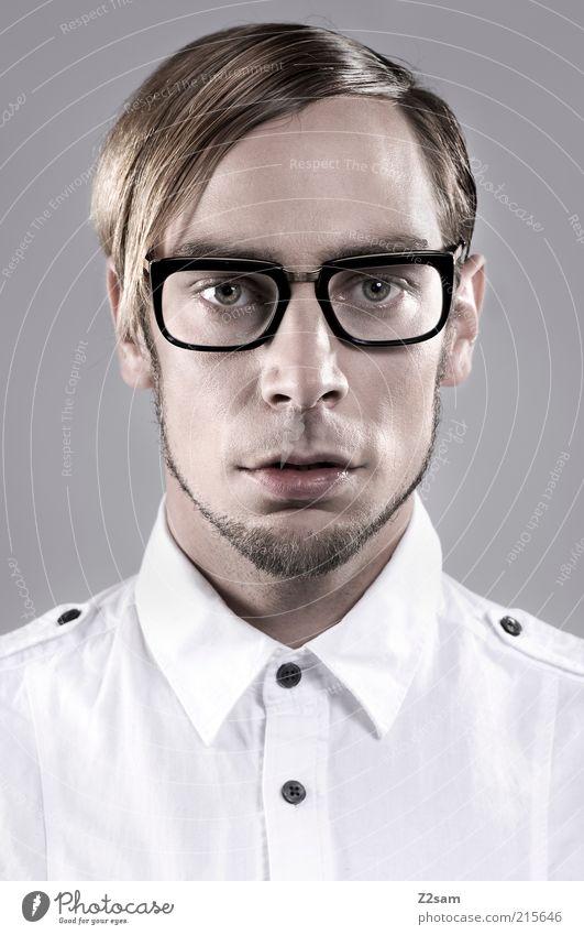Fashion Nerd Stil Haare & Frisuren Mensch maskulin Junger Mann Jugendliche Kopf 18-30 Jahre Erwachsene Hemd Brille außergewöhnlich elegant einzigartig nerdig