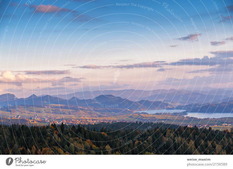 Schönes Herbstsonnenuntergangspanorama von Tatra-Bergen, Polen Himmel Natur Ferien & Urlaub & Reisen blau Stadt Farbe grün Landschaft Baum Blatt Wolken Ferne