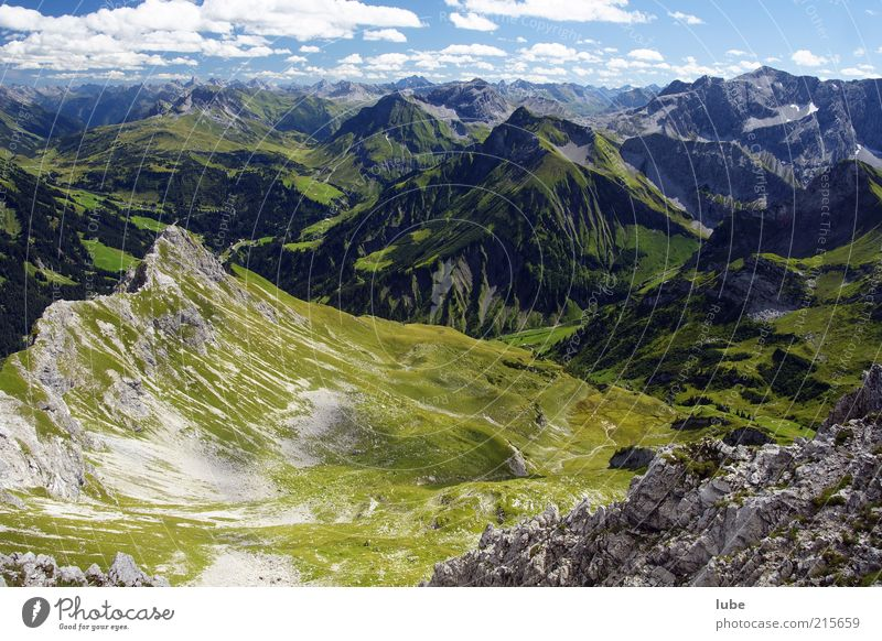 Blick von der Künzelspitze Umwelt Natur Landschaft Sonnenlicht Sommer Klima Schönes Wetter Hügel Felsen Alpen Berge u. Gebirge Freiheit Bregenzerwald