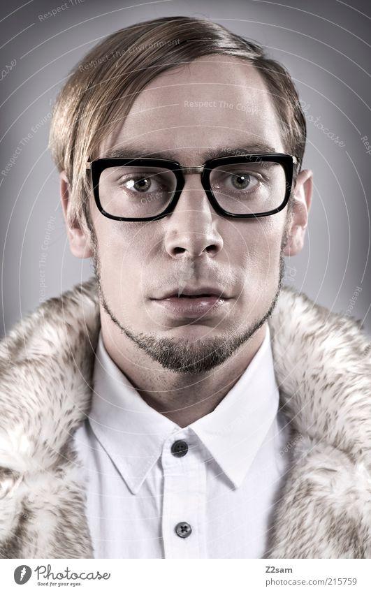 FALL WINTER 2010/2011 Stil Mensch maskulin Junger Mann Jugendliche 18-30 Jahre Erwachsene Mode Hemd Brille Haare & Frisuren Bart außergewöhnlich elegant trendy