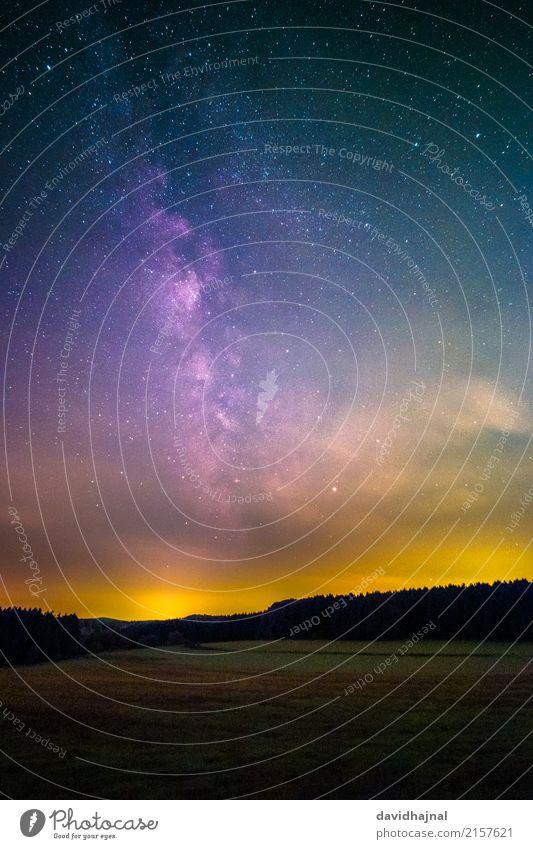 Lichtverschmutzung Beleuchtung Wissenschaften Astronomie Umwelt Natur Landschaft Himmel Wolken Nachthimmel Stern Horizont Sommer Baum Wiese Feld Wald Hügel