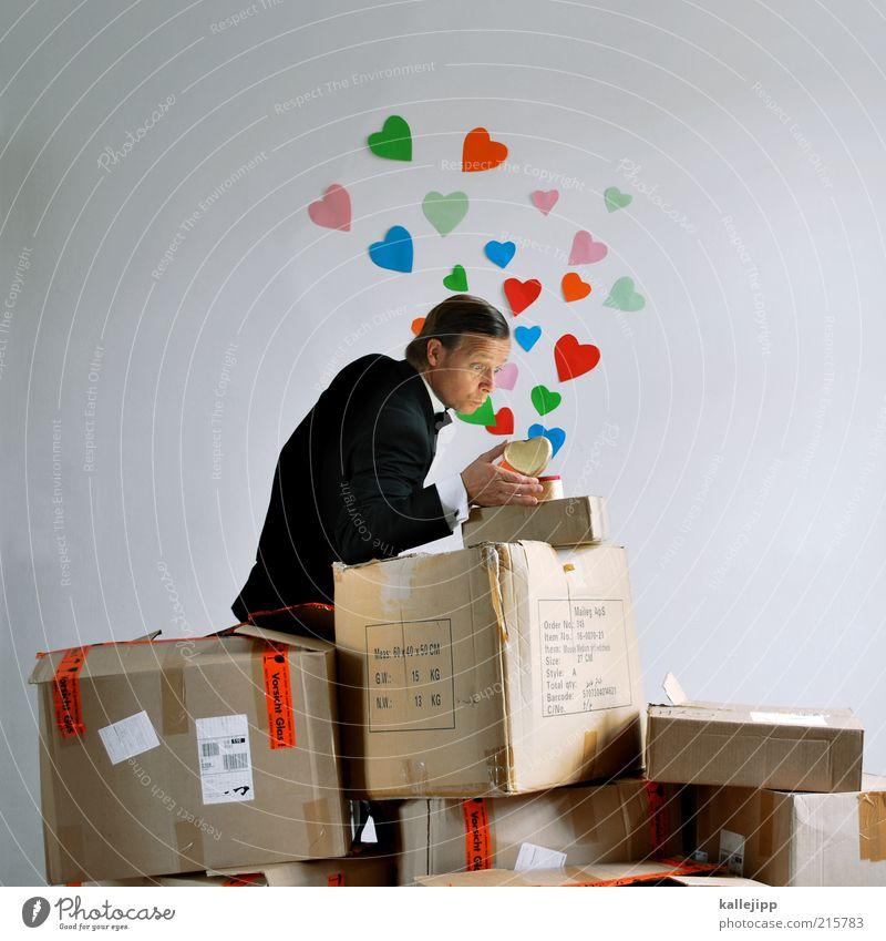 herzblatt Mensch Mann Erwachsene Liebe Leben Haare & Frisuren Paar Herz maskulin Geschenk Symbole & Metaphern Umzug (Wohnungswechsel) Anzug Partner Post