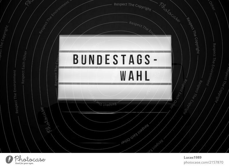 Bundestagswahl Lampe leuchten Schriftzeichen wählen Leuchtreklame Politik & Staat Wahlen Anzeige Deutscher Bundestag Bundestagswahlen Wahlkampf Politiker