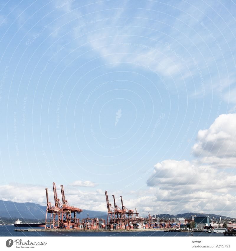 Frachthafen Wasser Himmel Wolken Vancouver Kanada Amerika Hafenstadt Schifffahrt Container Kran Güterverkehr & Logistik Farbfoto Außenaufnahme