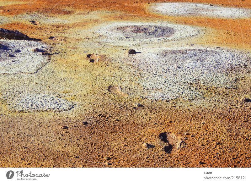 Mondlandung Natur Landschaft Umwelt außergewöhnlich orange Klima heiß Spuren Fußspur Island schreiten Hölle Quelle Vulkan Abdruck Schwefel
