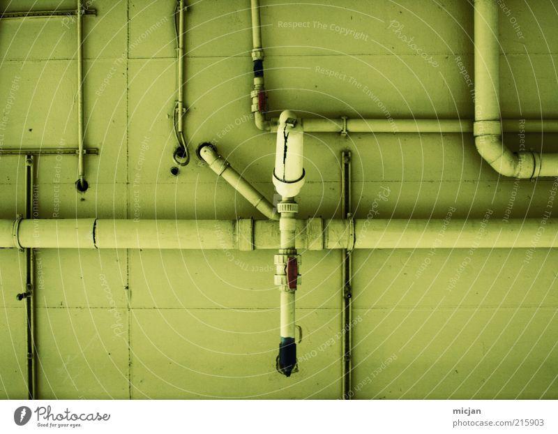 Grand Machine No. 34 | Mothership grün gelb Wand Mauer Gebäude Metall Fassade Beton Ordnung Netzwerk Zukunft Fabrik Kunststoff Röhren Eisenrohr durcheinander