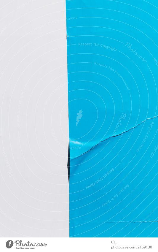 knick Plakatwand Papier ästhetisch einfach kaputt blau weiß Design Farbe Genauigkeit Misserfolg Missgeschick Präzision Knick Falte Faltenwurf plakatieren Fehler
