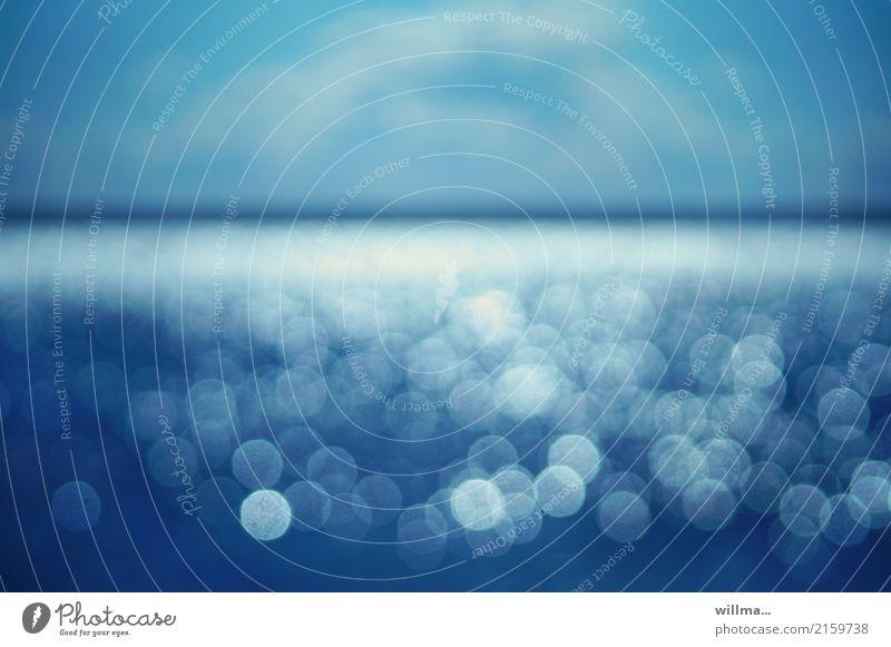 Sehnsucht nach dem Meer Wasser Bokeh Lens Flares See Unschärfe Lichterkullern Reflexion & Spiegelung Nordsee Ostsee blau türkis Sehtest Horizont Experiment