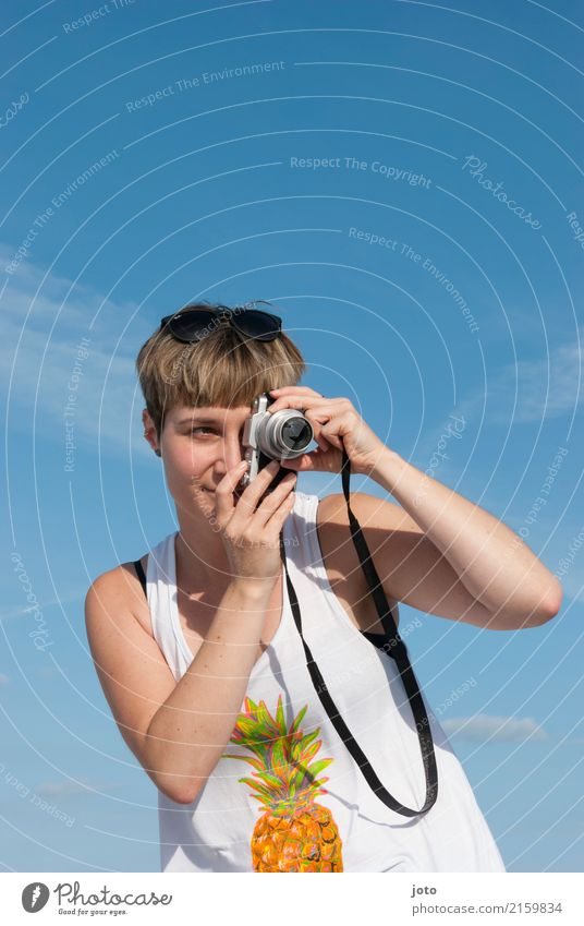 Zweites Auge Freude Glück Zufriedenheit Freizeit & Hobby Ferien & Urlaub & Reisen Tourismus Ausflug Freiheit Sightseeing Sommer Sommerurlaub Frau Erwachsene