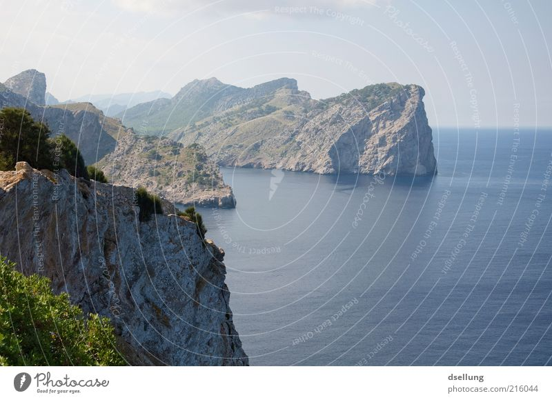 Mallorca VII Natur Wasser Himmel Meer grün blau Pflanze Wolken Ferne grau Wärme Landschaft braun Küste Umwelt Horizont