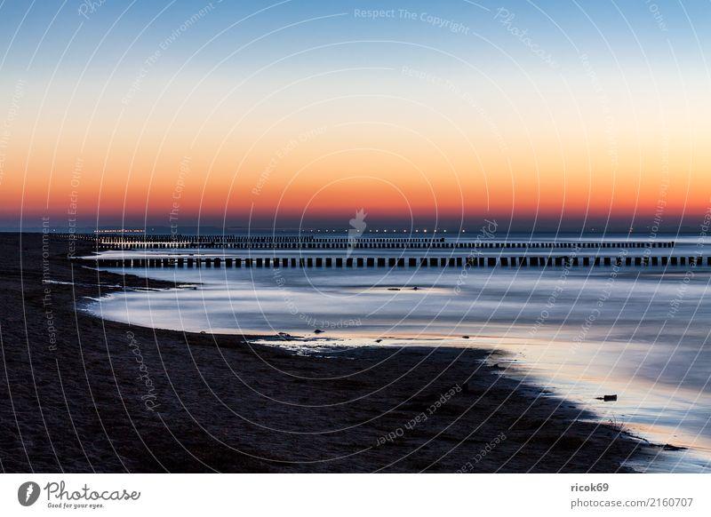 Abends an der Küste der Ostsee auf der Insel Poel Erholung Tourismus Strand Natur Landschaft Stein gelb rot Romantik Idylle Ferien & Urlaub & Reisen