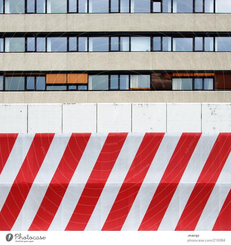 Linden Lifestyle Design Stadt Gebäude Architektur Mehrfamilienhaus Fassade Fenster Linie Streifen Häusliches Leben außergewöhnlich trendy rot weiß Farbe Ordnung