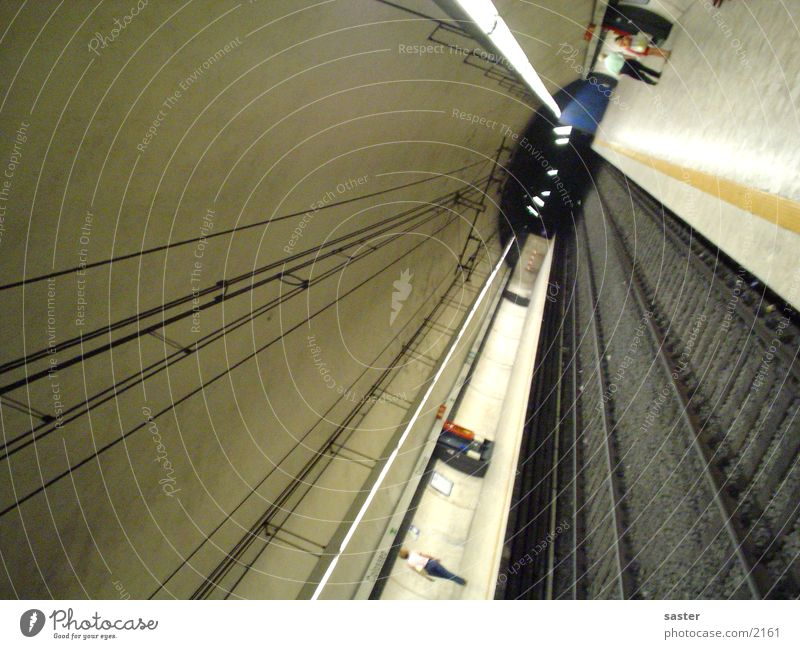 Metro Roma Architektur Gleise U-Bahn Italien