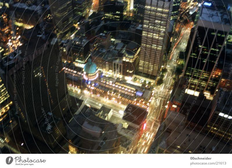 sydney downtown Sydney Stadt Stadtzentrum Mitte Nacht Australien Licht PKW