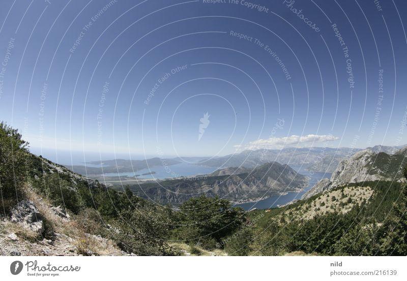 Naturschönheit IV Himmel Sommer Ferien & Urlaub & Reisen Meer Ferne Erholung Freiheit Berge u. Gebirge Landschaft Umwelt Küste Horizont Hügel Reisefotografie