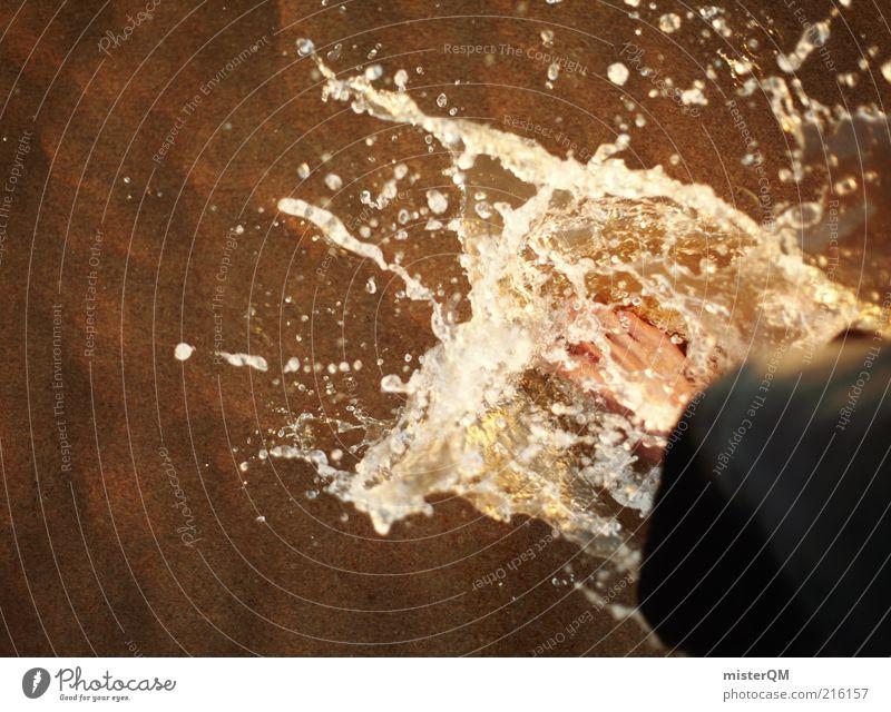700 Particles. Wasser Strand Fuß Kunst nass Wassertropfen Zeit ästhetisch Dynamik feucht skurril Urelemente spritzen Pfütze Barfuß Momentaufnahme