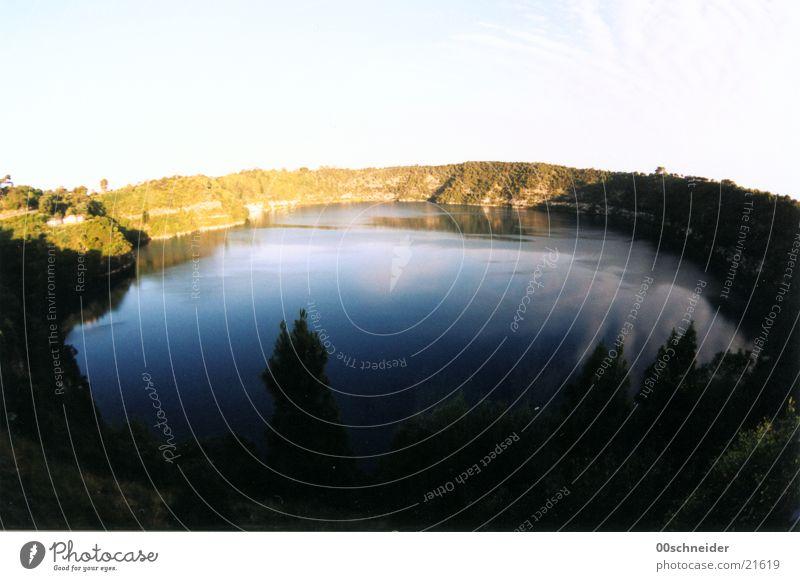 mount gambier Australien Vulkankrater See grün mt. gambier vulkansee Fischauge Wasser blau