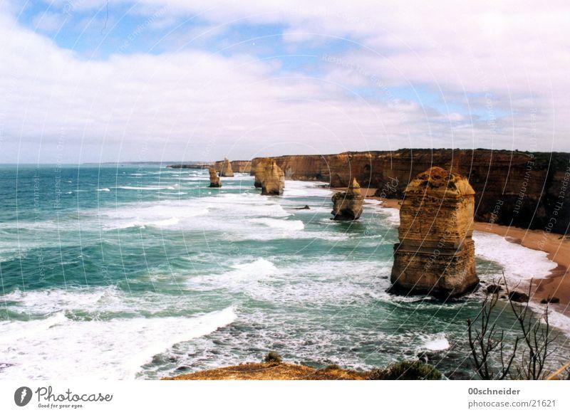 twelve apostles Meer Küste Felsen Australien Brandung 12 Klippe Sandstein Twelve Apostles
