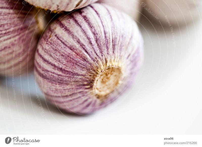 heute nur knoblauch zu mittag :) Ernährung Lebensmittel frisch violett Kräuter & Gewürze lecker Bioprodukte Gemüse Knoblauch Knoblauchknolle