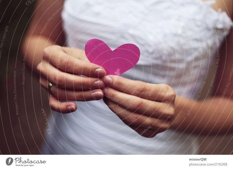 Von Herzen. Hand weiß Liebe Gefühle Glück Zufriedenheit rosa Design Hochzeit ästhetisch Kleid Mensch festhalten Veranstaltung Kreativität