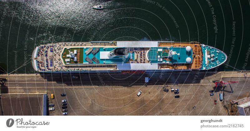 Kreuzzigarre Ferien & Urlaub & Reisen Sommer Stadt Wasser Meer Ferne Lifestyle Küste Tourismus Wasserfahrzeug Ausflug Verkehr warten Güterverkehr & Logistik