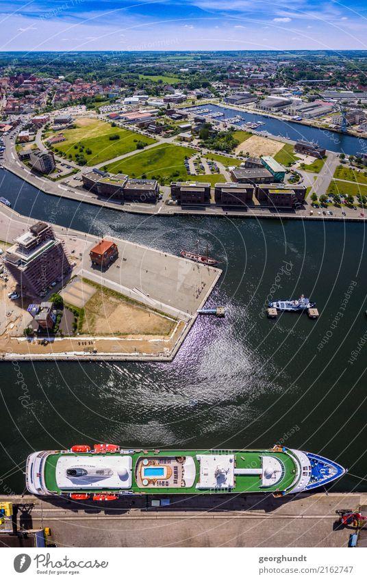 rauf und weit mit Schiff Ferien & Urlaub & Reisen Sommer Stadt Wasser Meer Küste Tourismus Verkehr Luft Abenteuer Güterverkehr & Logistik Ostsee Bucht Hafen