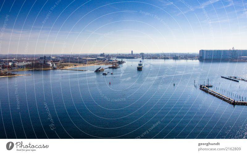 eingeBuchtet Ferien & Urlaub & Reisen Tourismus Ausflug Ferne Städtereise Kreuzfahrt Industrie Handel Wasser Himmel Küste Seeufer Fjord Ostsee Wismar