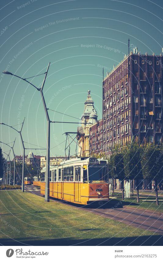 Bahnorama Ferien & Urlaub & Reisen alt Stadt Architektur Lifestyle Frühling Wiese Tourismus Stadtleben Europa Kultur fantastisch historisch Vergangenheit