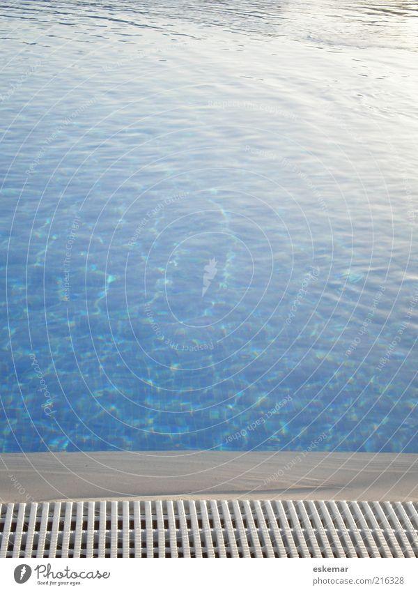 Poooool Wasser blau Sommer Ferien & Urlaub & Reisen ruhig Leben Erholung nass frisch ästhetisch Wellness Schwimmbad Freizeit & Hobby Sauberkeit rein