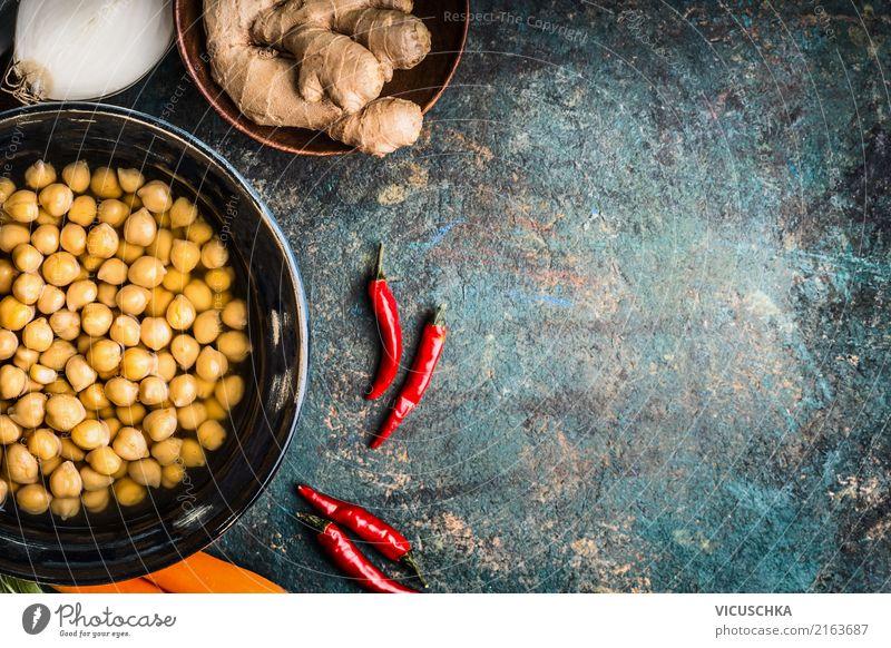 Kichererbsen mit Zutatten Lebensmittel Gemüse Getreide Kräuter & Gewürze Ernährung Bioprodukte Vegetarische Ernährung Diät Asiatische Küche Geschirr