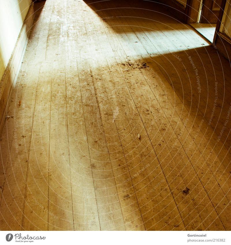 Flutlicht Haus braun hell Raum Tür Boden Flur Holzfußboden Lichteinfall Gebäude Lichtschein Dielenboden