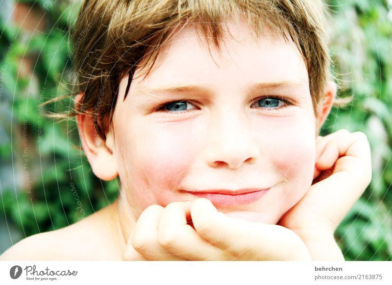 herzensbrecher Kind Mensch schön Hand Erholung Freude Gesicht Auge Liebe lachen Familie & Verwandtschaft Junge Glück Haare & Frisuren Kopf Zufriedenheit
