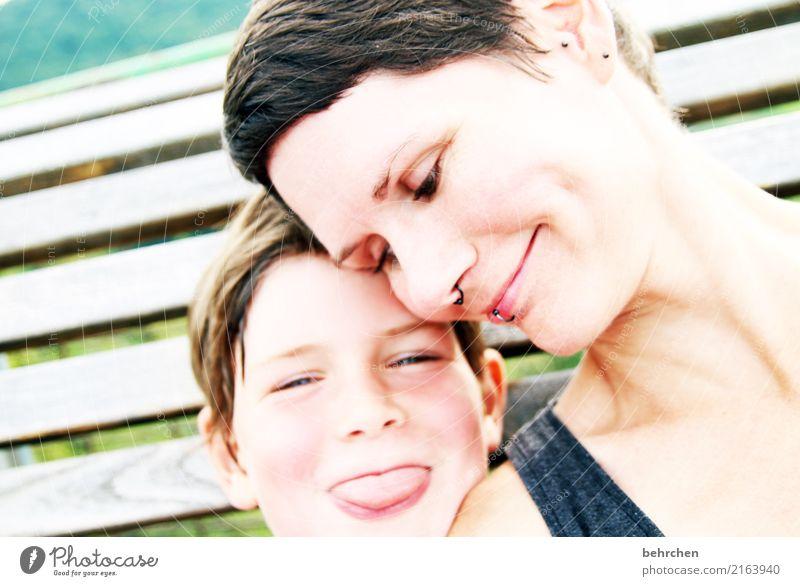 liebe Kind Frau Mensch Freude Gesicht Auge Erwachsene Liebe lachen Familie & Verwandtschaft Junge Glück Spielen Haare & Frisuren Kopf Zufriedenheit