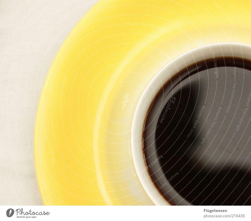 Und was is mit Tee? gelb Freizeit & Hobby Lifestyle Getränk Kaffee trinken Tasse genießen Becher Durst Sucht Espresso Kaffeetasse Pause Tisch Kaffeepause