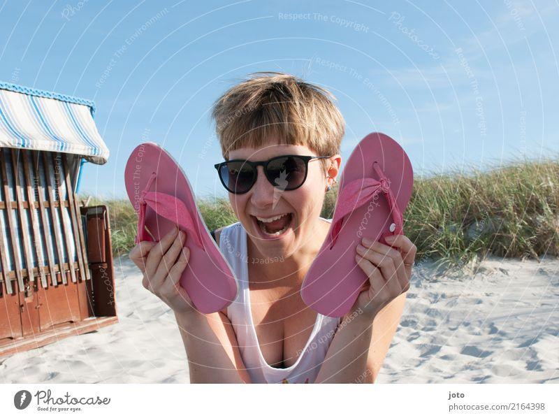 fliiiipfloooops Freude Glück Zufriedenheit Freizeit & Hobby Ferien & Urlaub & Reisen Tourismus Ausflug Sommer Sommerurlaub Strand Junge Frau Jugendliche Himmel