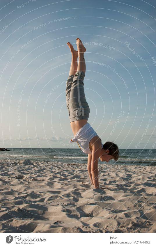 in den tag starten Glück Gesundheit harmonisch Wohlgefühl Zufriedenheit Ferien & Urlaub & Reisen Ausflug Abenteuer Freiheit Sommer Sommerurlaub Strand Meer Yoga