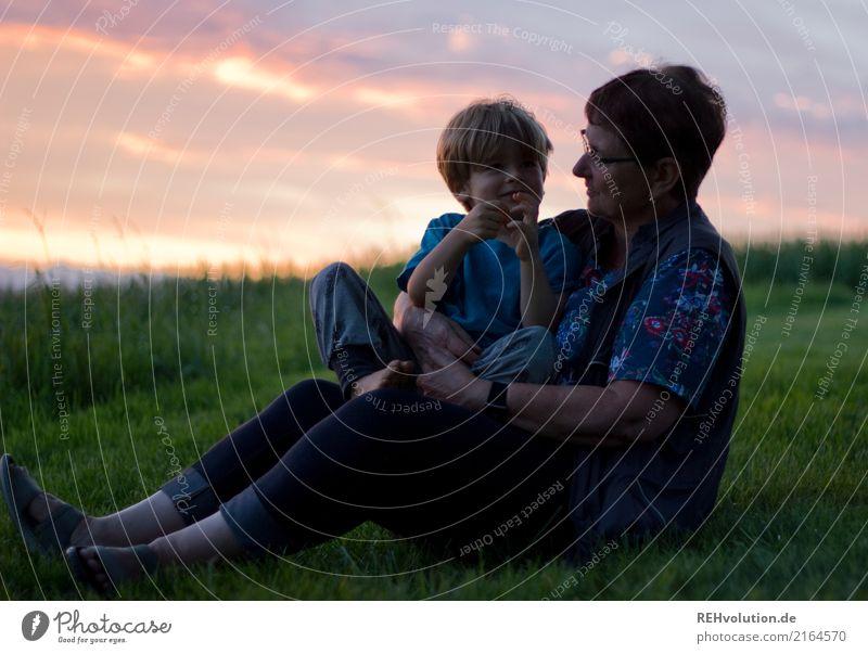 beste zeit Frau Mensch Himmel Natur Sommer grün Landschaft Wolken Erwachsene Umwelt sprechen Liebe Senior Wiese Familie & Verwandtschaft Junge