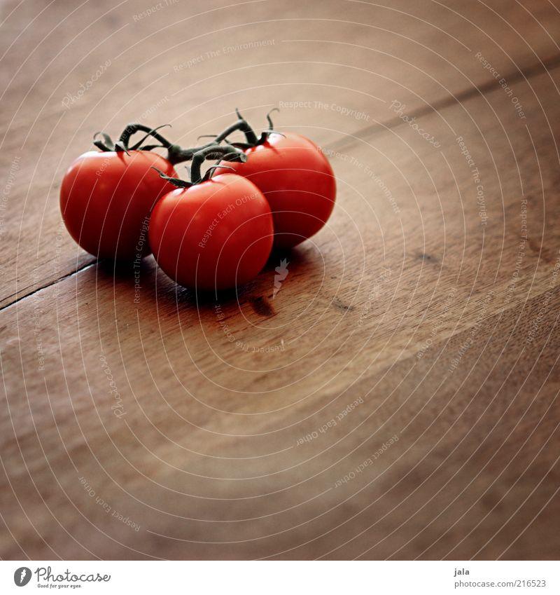 kleine tomaten-ernte Lebensmittel Gemüse Ernährung Bioprodukte Vegetarische Ernährung Holz Gesundheit lecker braun rot Tomate Vitamin Tisch 3 Farbfoto